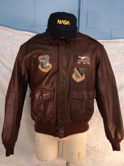 "James Garner Estate - Screen worn jacket and hat ""Space Cowboys"""