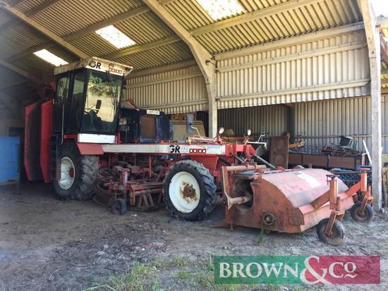 Moreau GR4 6 Row Sugarbeet Harvester