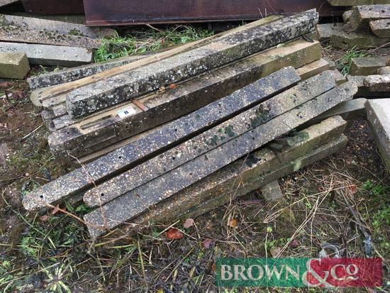 Quantity concrete straining posts