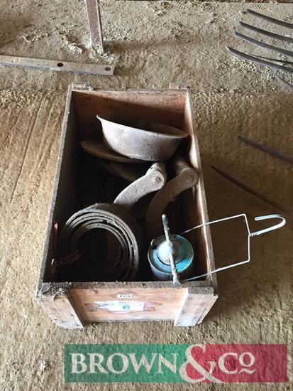 Winding handles, belt, etc.