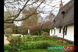 2 Nights midweek off-peak self-catering Grade 2 listed thatched holiday cottage accommodation at