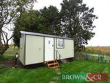 2 nights weekend holiday accommodation at The Shepherds Hut, Abbey Farm, North Western, Thame, Oxon,