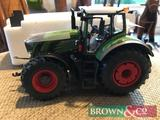 New and boxed 1:32 scale metal diecast Fendt 939 model tractor. Collection from any Brown & Co