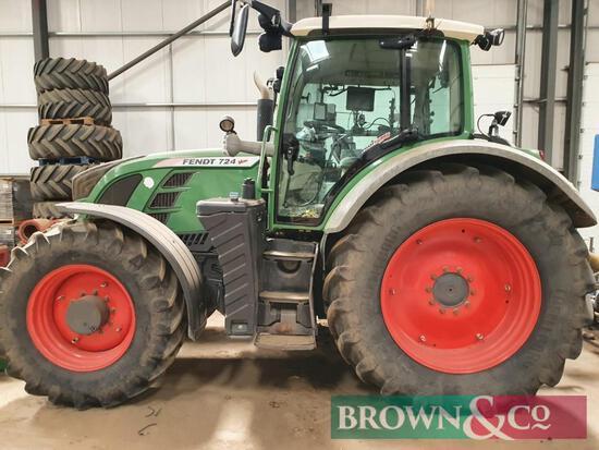 2011 Fendt Vario 724 Tractor
