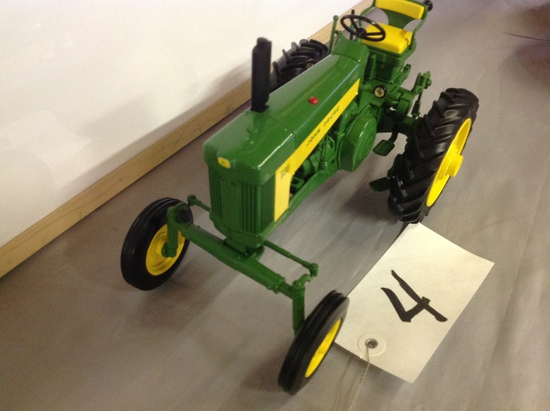 John Deere 630Highly Detailed Precision collectors center #1  Rare