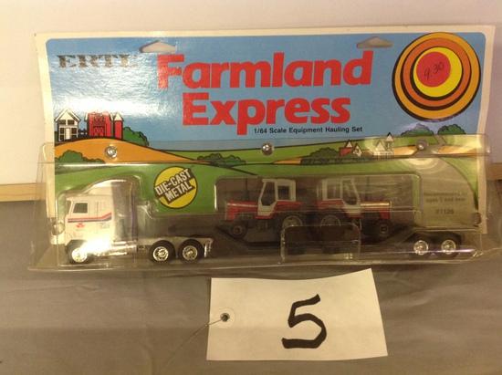 Farmland Express w/cab over w/2 MF tractorsErtl1-64 Scale