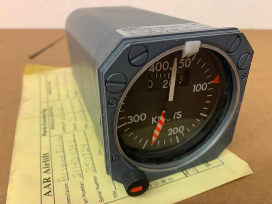 DHC-8 AEROSONIC AIRSPEED INDICATOR 21140-1134-2 [ALT: 8SC0109] (NEEDS REPAIR)