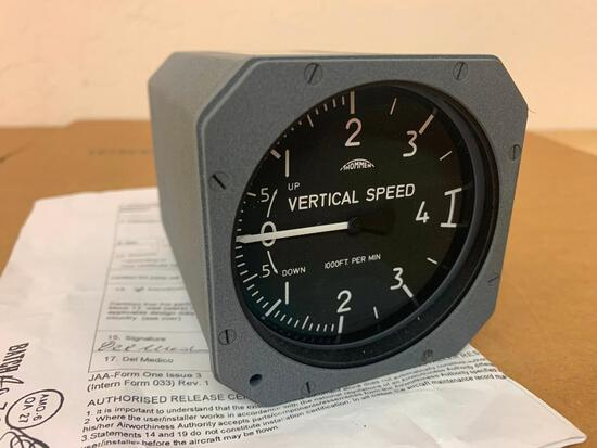 CASA CN-235 THOMMEN VERTICAL SPEED INDICATOR 4A16.42.40F.05.1.K (NEW)