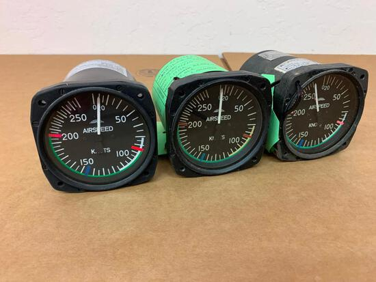 CASA C-212 THOMMEN AIRSPEED INDICATOR 5A16.12.27K.00.0F (NEED REPAIR)