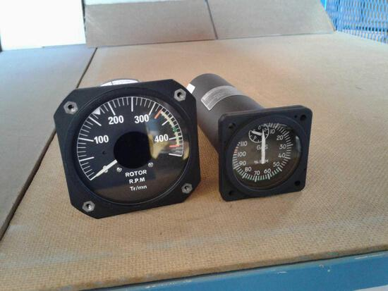 GAS % RPM INDICATOR 6503A-1058 / 704A-47-612-042 (REPAIRED) & ROTOR TACH INDICATOR 42960-00 /