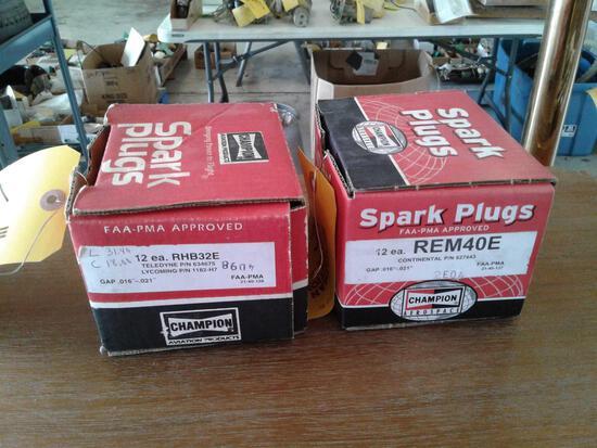 BOXES OF NEW SPARKS PLUGS (9) RHB32E & (11) REM40E