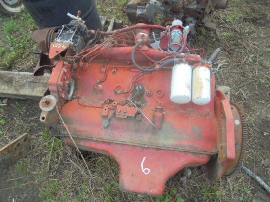 IH 1086 Engine