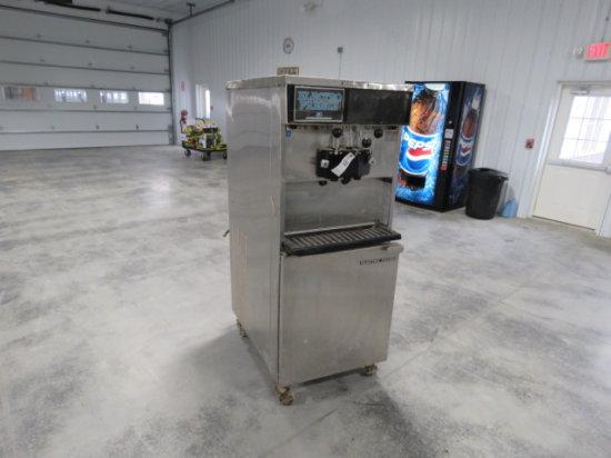 #100 Electro Freeze Ice Cream Machine w/ box of extra parts