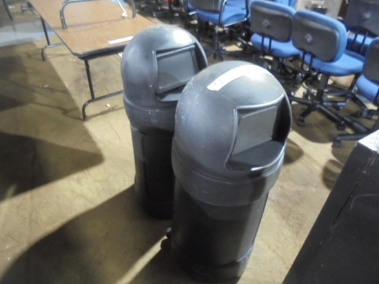 (2) Garbage Cans