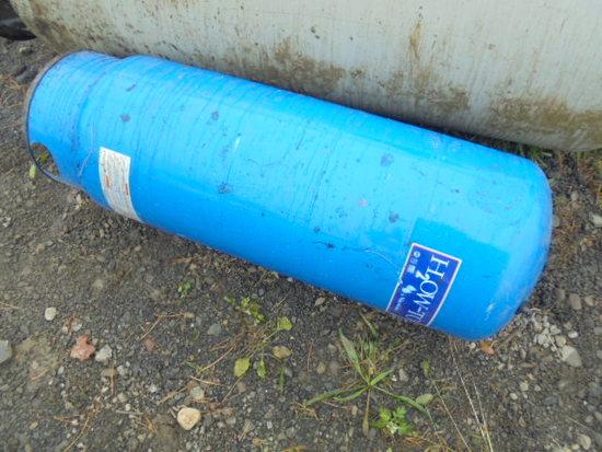 Blue Pump Tank