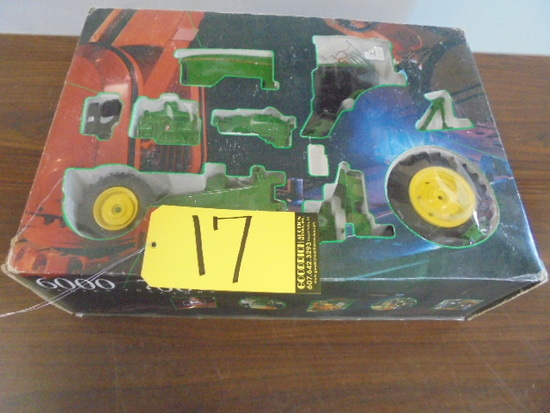 John Deere 7800 Model Kit In Box