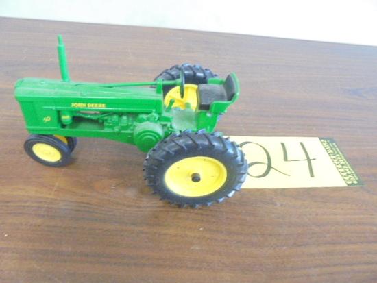 John Deere 50 1/16 Scale Toy