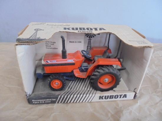 Kubota L2850 ERTL 1/16