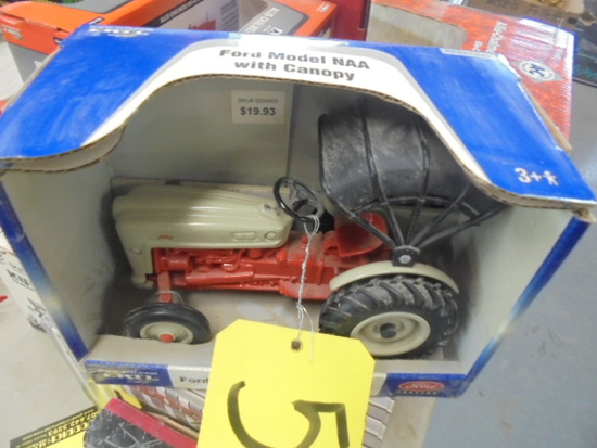 Ford NAA w/ Canopy, ERTL 1/16