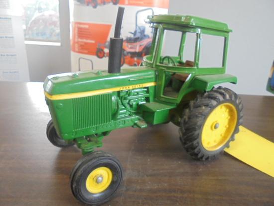 John Deere 4430 Toy