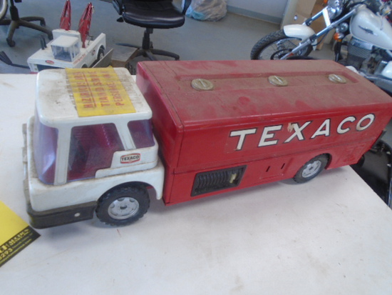Texaco Fuel Truck, Brown & Bigelow