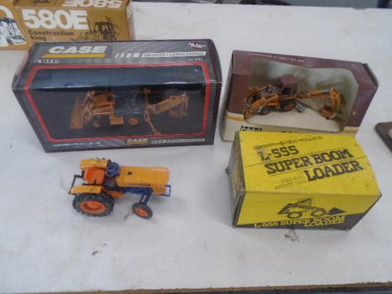 Case 590 Super L, 580 Super E, New Holland L555, Kubota L175 Smaller Scale
