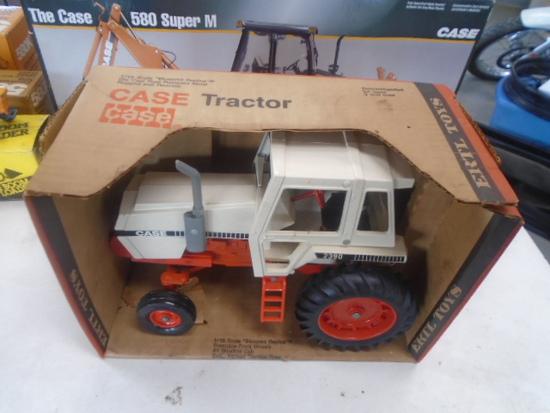Case 2390 Toy Tractor 1/16 Scale, ERTL, NIB