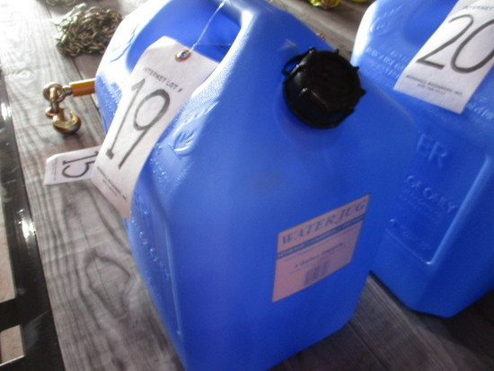 6 GALLON PLASTIC WATER CONTAINER