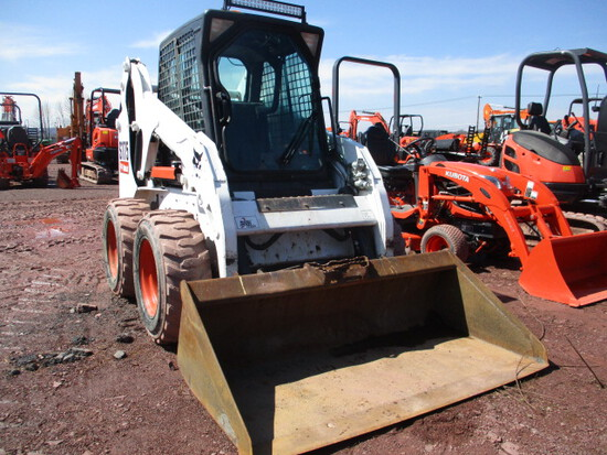 BOBCAT S175 SKID STEER W/CAB, HEAT,