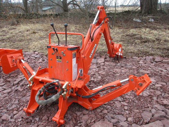 Kubota BT751 Backhoe