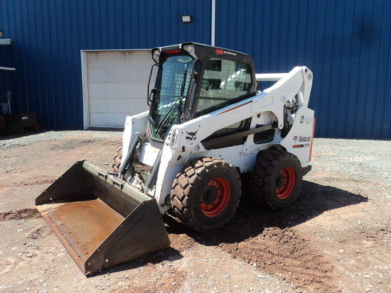 BOBCAT S770 SKID STEER