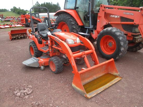 Kubota BX2350 Tractor/loader/mower