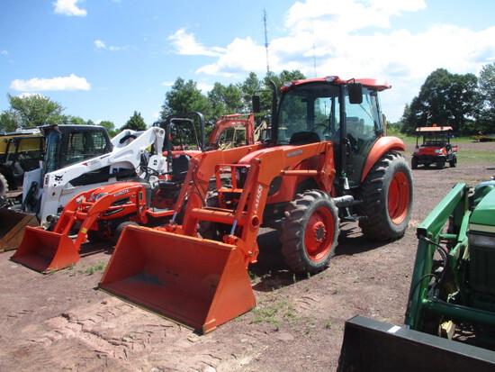 2011 M7040 Kubota Tractor w/Ldr