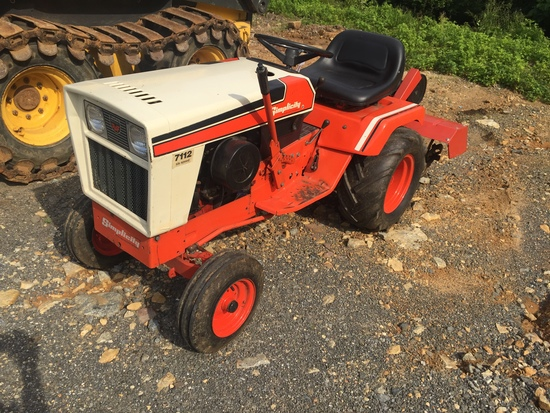 "Simplicity 7112 6 speed lawn tractor w/38"" roto tiller"