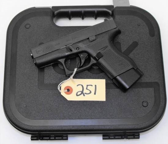 R) Glock 42 380 Auto Pistol |    Auctions Online | Proxibid
