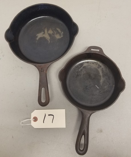 Griswold Cast Iron Skillets (2-Pieces)