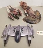 (3) Star wars Spaceship Toys