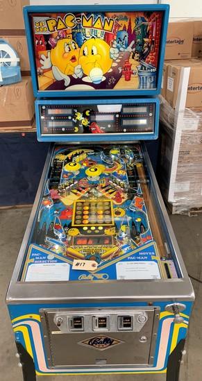 """""""Mr & Mrs Pac-man"""" Pinball by Bally"""