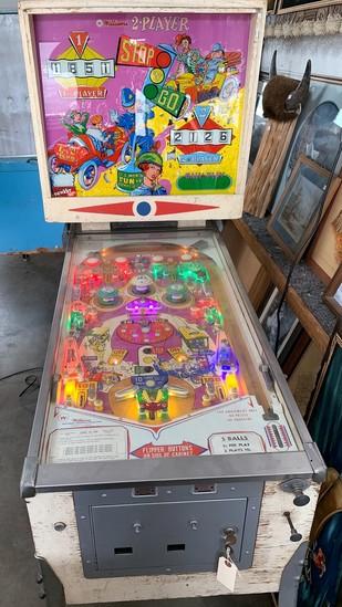 """Williams """"Stop N Go"""" Pinball Machine"""