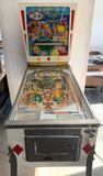 King of Diamonds Pinball Machine by Gottlieb