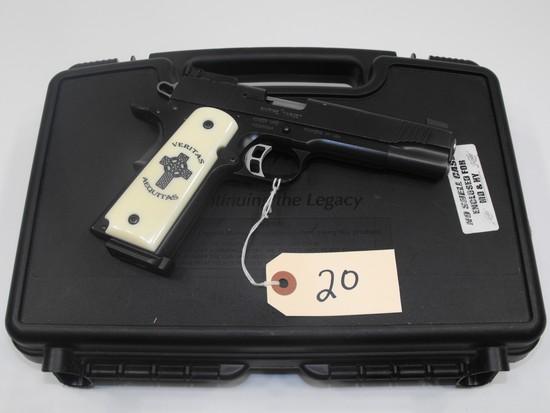 (R) Kimber Rimfire Target 22 LR Pistol