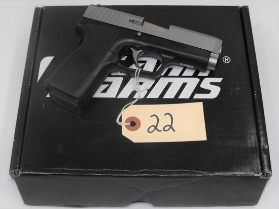 (R) Kahr CW40 40 S&W Pistol