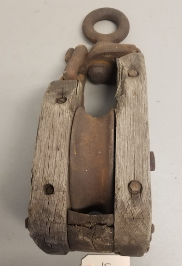 Large Early Primitive Rope Pulley,