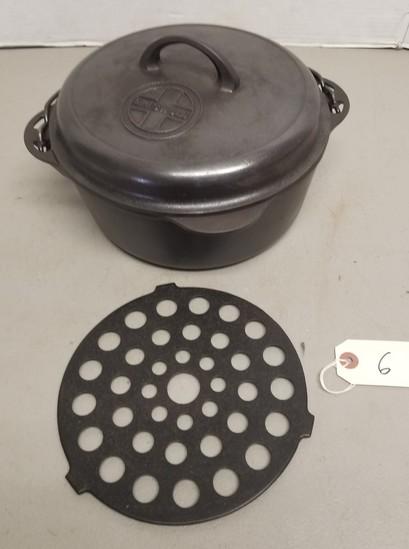 Griswold Cast Iron No. 8 Dutch Oven 1278,