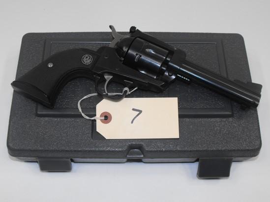 (R) Ruger New Model Blackkhawk 357 Mag Revolver