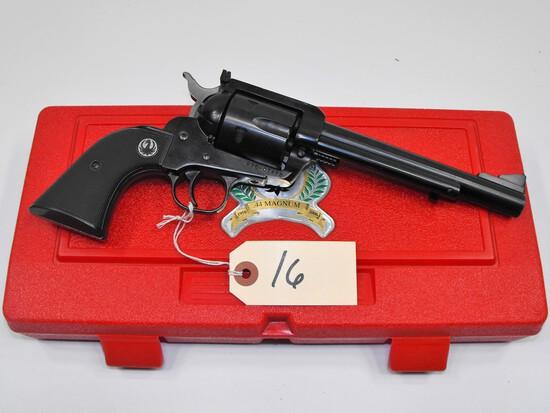 (R) Ruger New Model Blackhawk 44 Mag Revolver