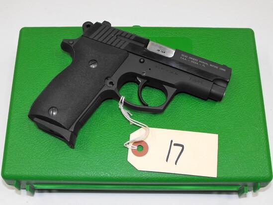 (R) Astra A-75 40 S&W Pistol