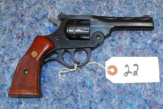 (R) H&R 999 Sportsman 22 LR Revolver