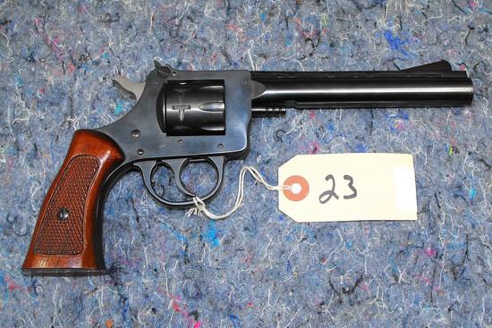 (R) H&R 940 22 LR Revolver