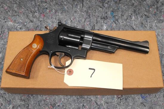(R) Smith & Wesson 28-2 357 Mag Revolver